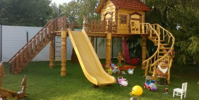 Детская деревянная горка